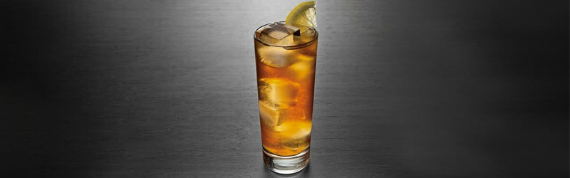 Her ser du en Long Island Iced Tea drink. Find en Long Island Iced Tea drink her på siden.