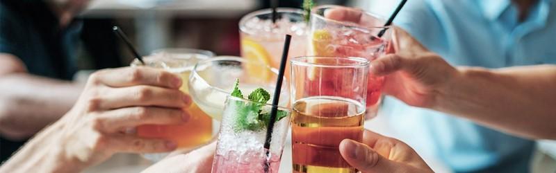 Her ser du flere drinks. Få drinksopskrifter her på siden.