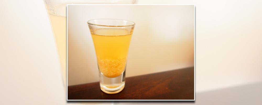 Lær hvordan du laver nogle små kolde shots med whisky-likør